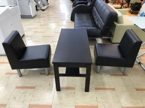 家具のテーブルセット