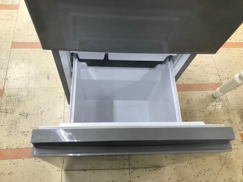 2ドア冷蔵庫のアクア