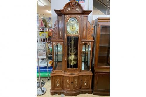 家具の柱時計