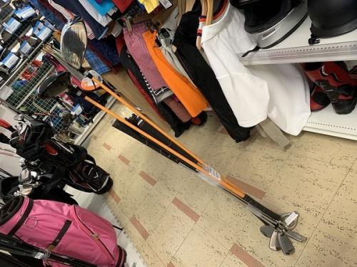 ゴルフセットのアイアンセット
