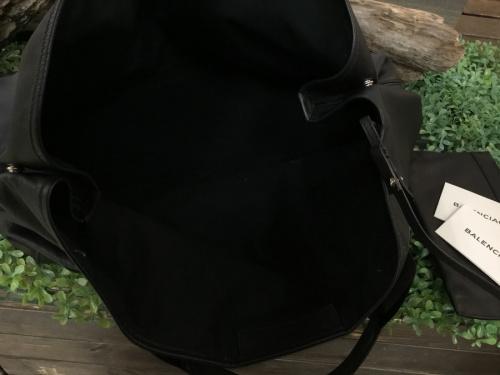 バレンシアガ買取のバッグ買取