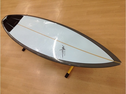 ショートボードの横浜 サーフィン