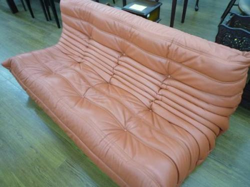多摩稲城家具のソファー