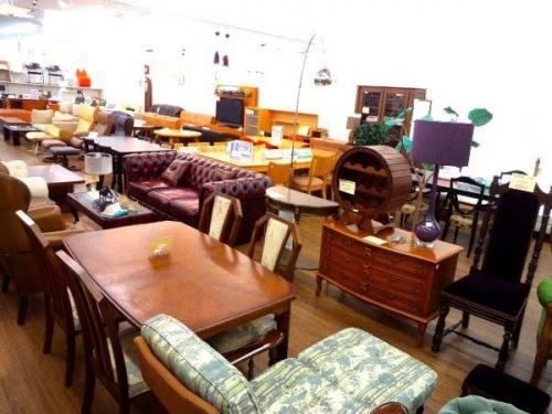 多摩稲城家具の多摩 食器棚 買取