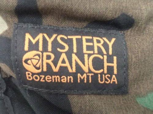 MYSTERY RANCHのメッセンジャーバッグ
