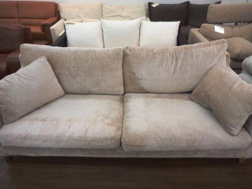 AREATOKYOのソファー