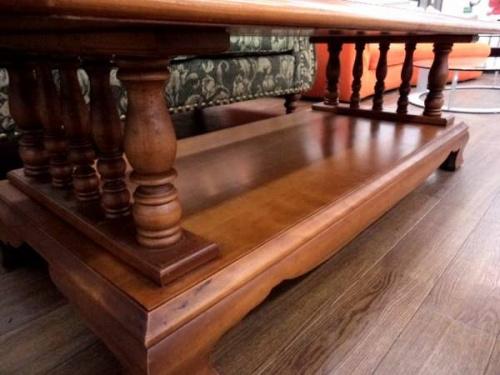 リビングテーブルの横浜クラシック家具