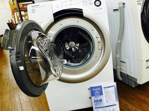 SHARPのドラム洗濯機