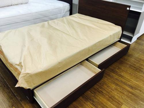 東京ベッドのセミダブルベッド