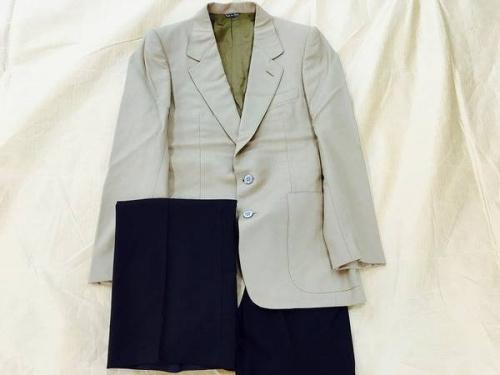 メンズファッションのスーツ