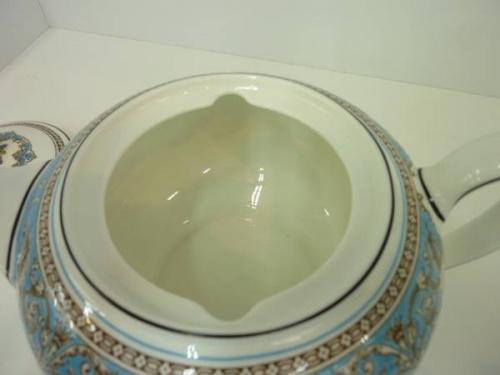 ティーポットの多摩稲城食器