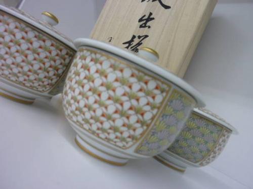 深川製磁の多摩稲城食器