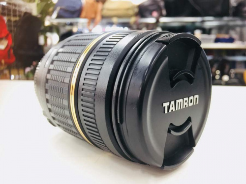 デジタル一眼レフのカメラ