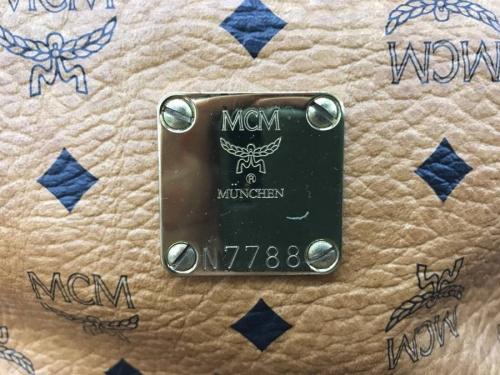 バッグのMCM