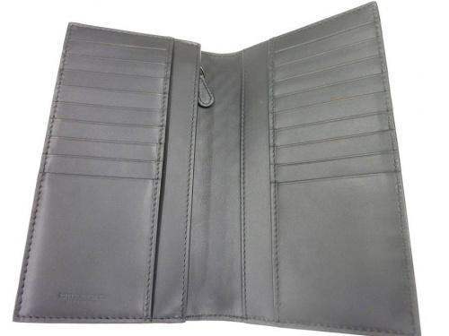 財布のBOTTEGA VENETA