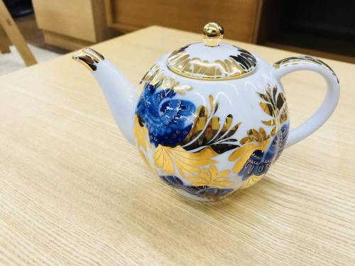 インペリアルポーセレンのカップ&ソーサー