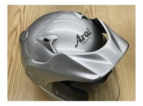 ヘルメットのarai