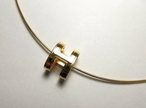 レディースファッションのネックレス