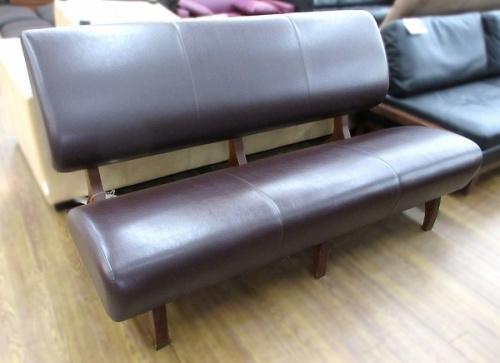 家具のソファ IDEE