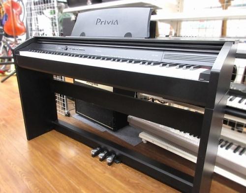 電子ピアノのCACIO Privia