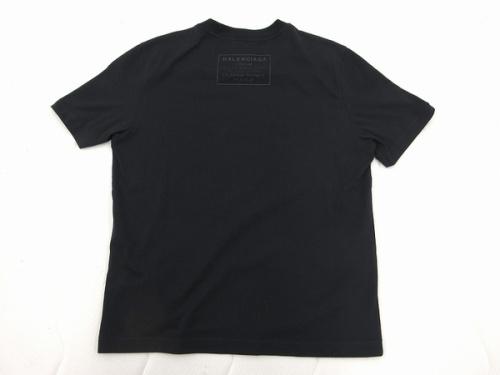 バックロゴTシャツのBALENCIAGA