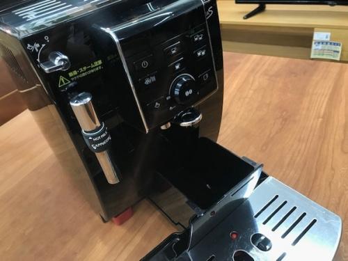 コーヒーメーカーの全自動コーヒーメーカー