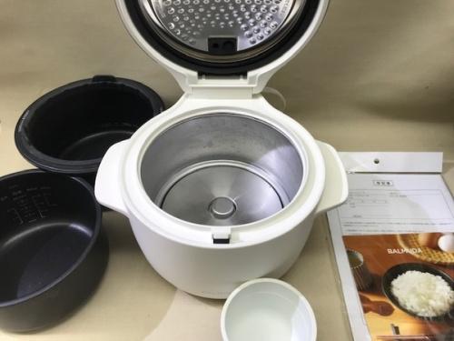 炊飯器の電気炊飯器