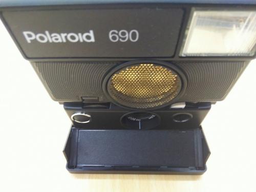 ポラロイドのフィルムカメラ