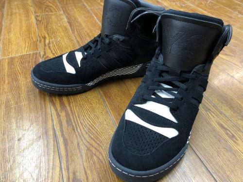 靴のスニーカー シューズ