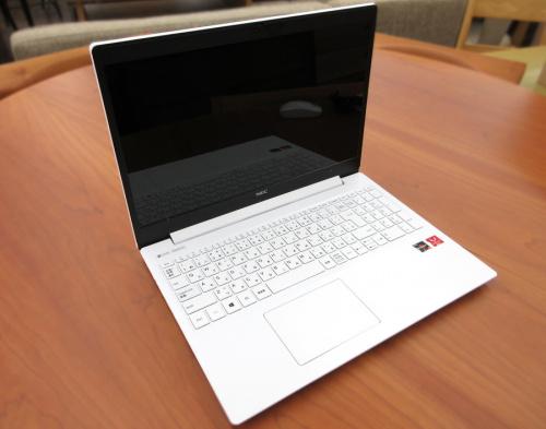 ノートパソコンのNEC LAVIE Windows10