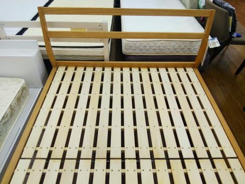 ベッドの家具 中古