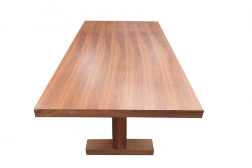 ダイニングテーブルのACTUS