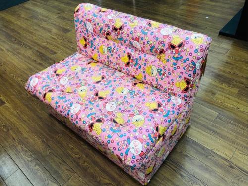 生活家具の一人掛けソファー