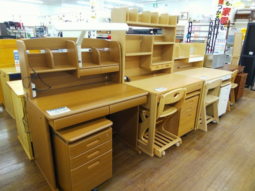 学習机の多摩 家具 買取