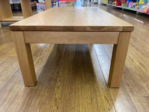 ローテーブルのナチュラル オーク材
