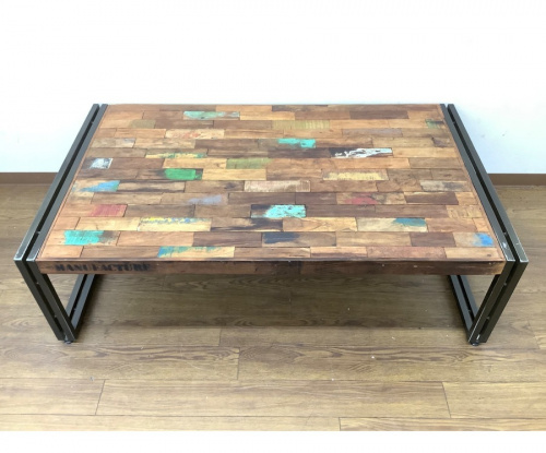 テーブルのd-Bodhi