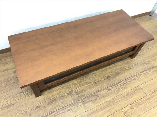 テーブルのテレビボード