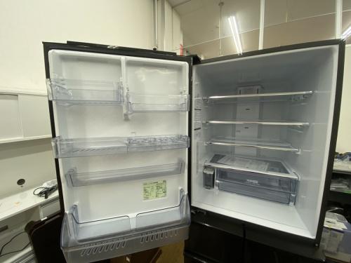 大型冷蔵庫のアクア