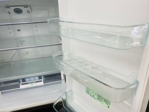 HITACHIの大型冷蔵庫 中古