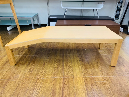 ローテーブルのスタッキングシェルフ