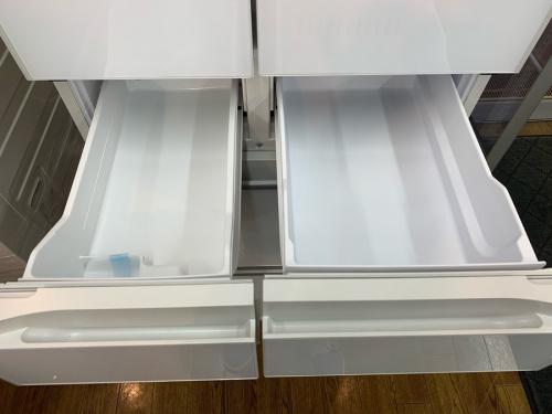 6ドア冷蔵庫のR-HW52N