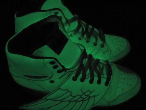 靴のadidas