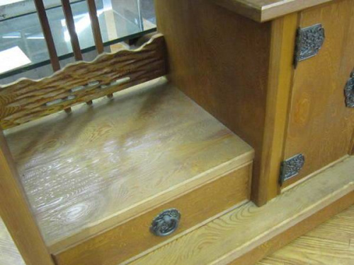 和家具・時代家具の飾り棚
