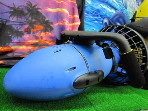 シーズンスポーツの水中スクーター