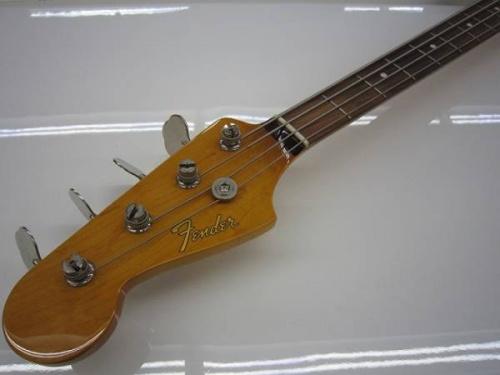 ギターのfender japan