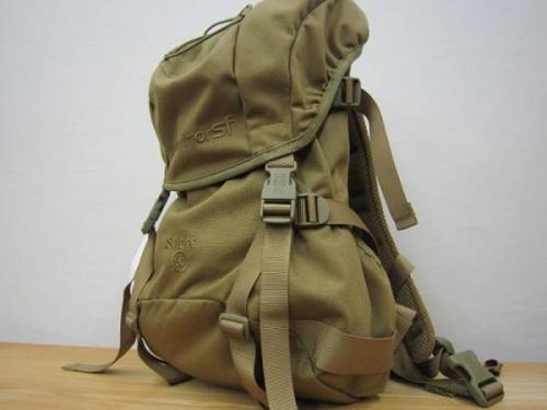 ブランド・ラグジュアリーのバッグパック