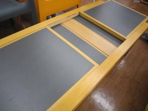 ヴィンテージのローテーブル