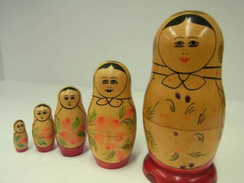 インテリア雑貨の人形