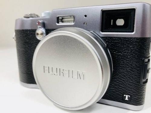 FUJIFILMのデジタルカメラ