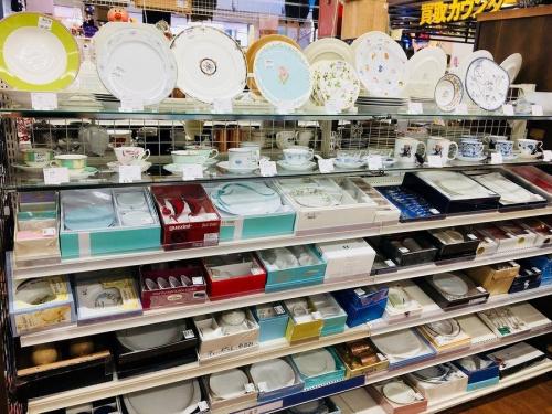雑貨の武蔵村山 東大和市 福生 昭島 青梅  ブランド食器 買取